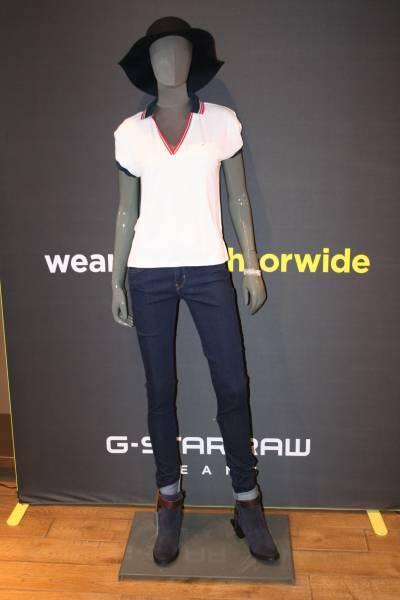 f6e6b49ce5 Boutique de jeans pour petite taille et grande taille Nîmes Carré ...